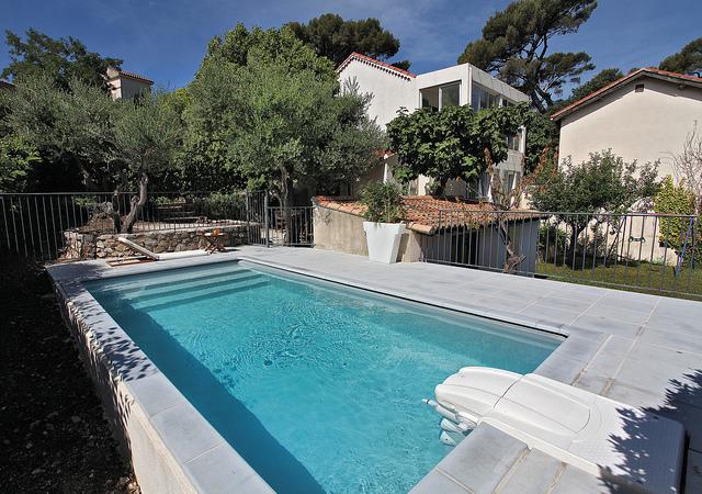 magasins piscines, piscines, piscine extérieure Desjoyaux