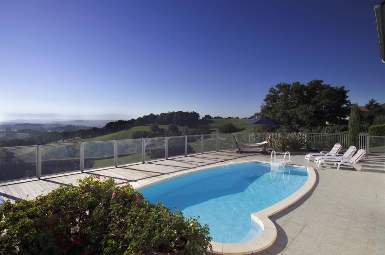 Barrière piscine Desjoyaux
